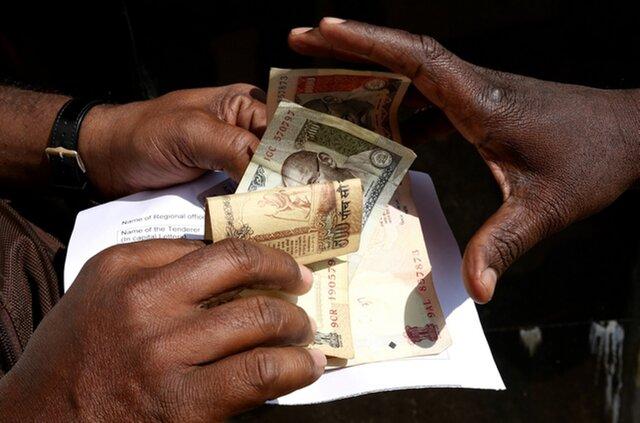 Трейдеры ждут взрывного роста рупии