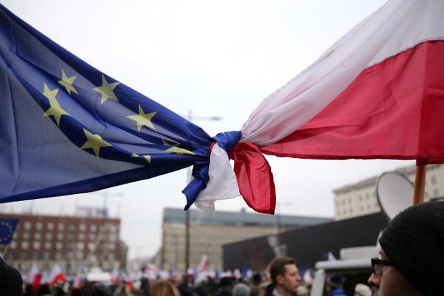 ЕК выдвинула Польше ультиматум по судебной реформе
