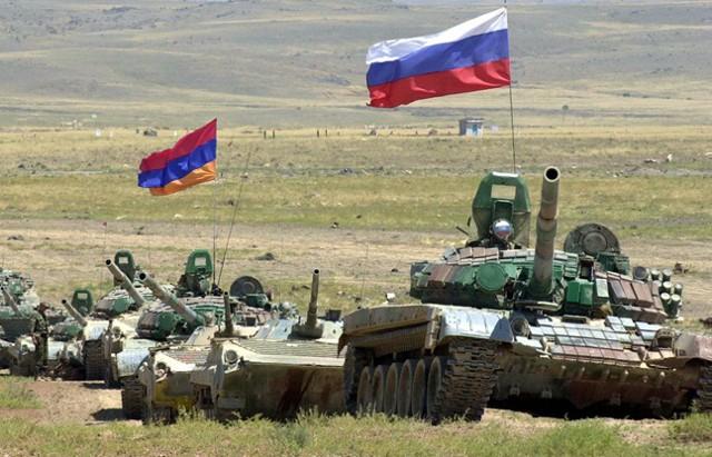 Путин утвердил объединение группы войск РФ и Армении