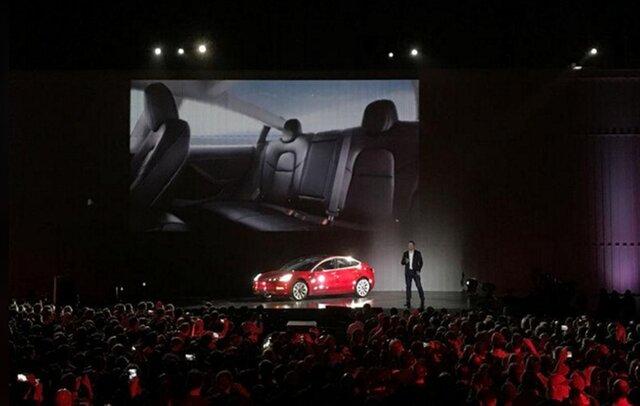 Акции Tesla упали после заявления Маска