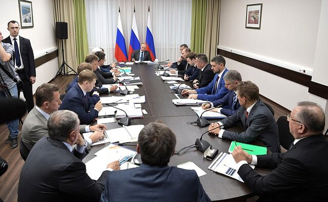 Путин: внеплановые проверки бизнеса будут сокращены до30% отпланового числа проверок