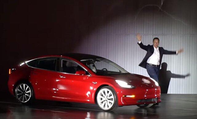 Tesla презентовала мобильный дом насолнечных батареях