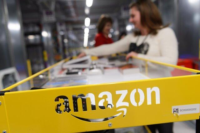 Трамп снова раскритиковал Amazon