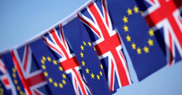 После Brexit жители ЕСсмогут посещать великобританию без виз,— Guardian