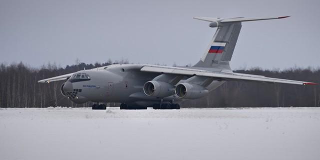 """Новый самолет для замены Ан-12 унифицируют с """"Илами"""""""
