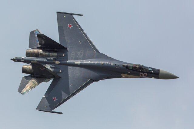 Индонезия за млрд. долларов купит 11 русских истребителей Су-35