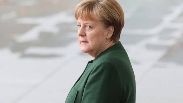 """Меркель: позиция """"Америка впереди всех"""" навредит США"""