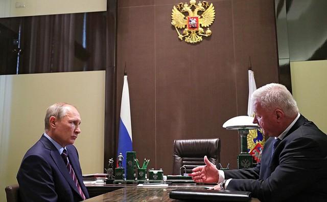 Шмаков предложил Путину повысить МРОТ с 1 января