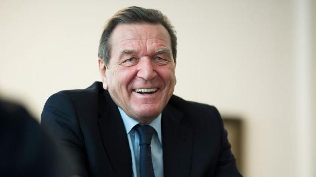 Шрёдер: Россия никогда не откажется от Крыма