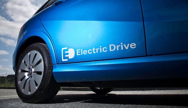 Daimler потратит $1 млрд, чтобы обогнать Tesla