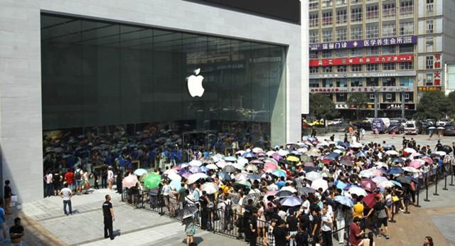 Apple сохранила статус самого дорогого бренда мира
