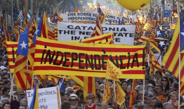 Власти Каталонии необъявят независимость водностороннем порядке