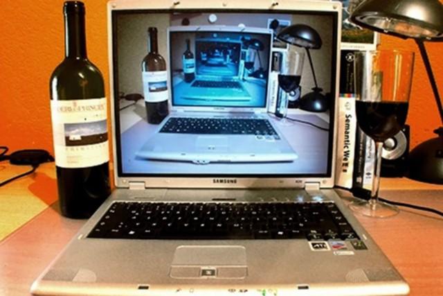 Крепкий алкоголь легализуют в интернете
