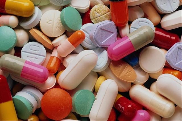 МВД: интернет-торговля фальшивыми лекарствами растет