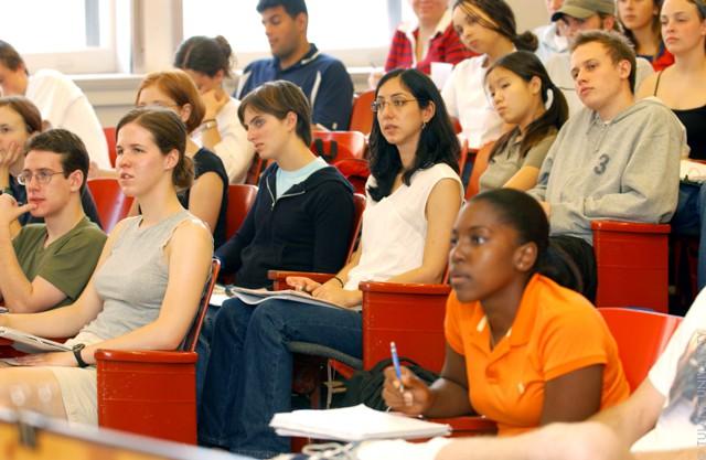 Где учатся миллионеры: топ-10 университетов