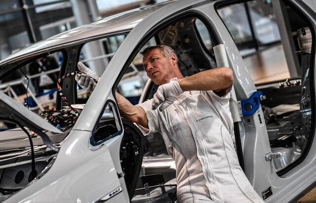 Рост занятости всфере услуг в Российской Федерации оказался максимальным за4 года