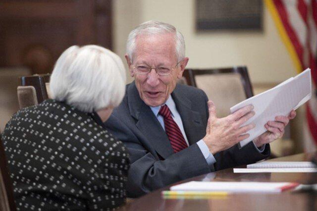 Зампред ФРС ожидает роста инфляции в США