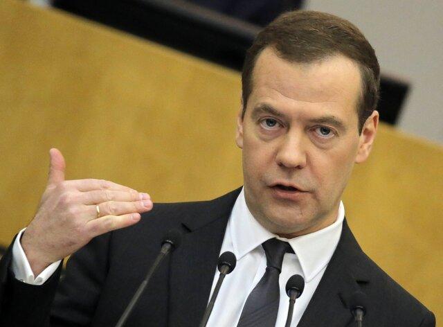 Медведев поручил Минэнерго договориться сПакистаном опоставках СПГ натри года