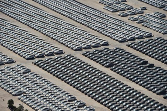 Продажи автомобилей в КНР выросли в сентябре на 5,7%