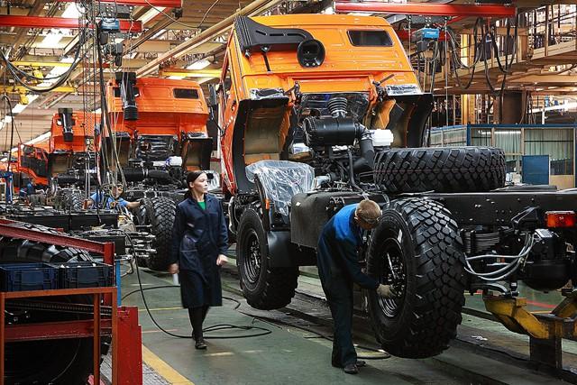 """""""КамАЗ"""" увеличил чистую прибыль в 11 раз"""