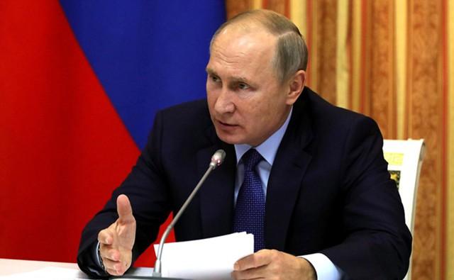 Путин предупредил о рисках рекордного урожая