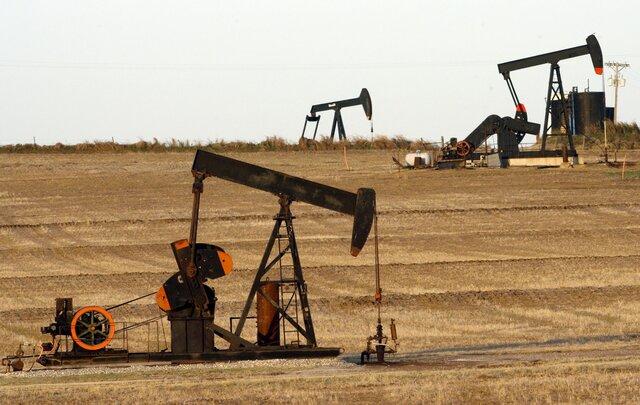 Цены растут насокращении запасов нефти вСША
