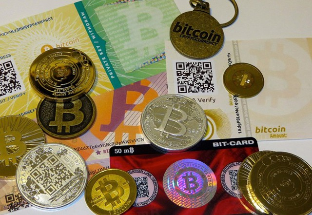 Силуанов: власти должны регулировать клиптовалюты