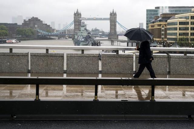 Безработица в Британии в III квартале составила 4,3%