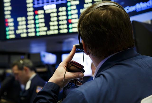 Зависимость сырьевых валют от нефти снижается