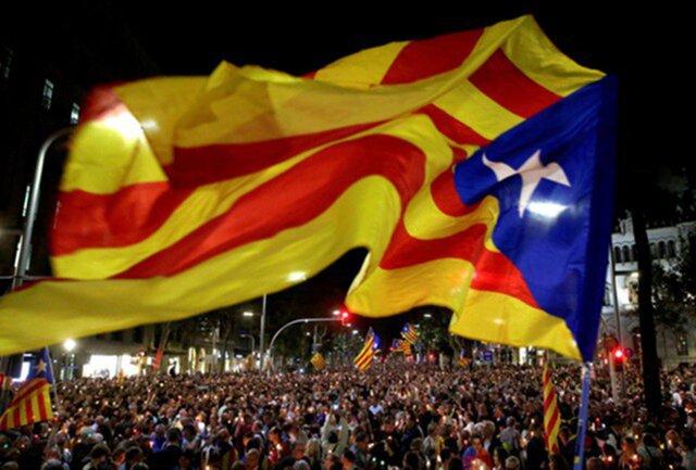 КСИспании отменил декларацию опровозглашении независимости Каталонии