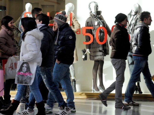 Розничные продажи вИталии резко возросли замесяц