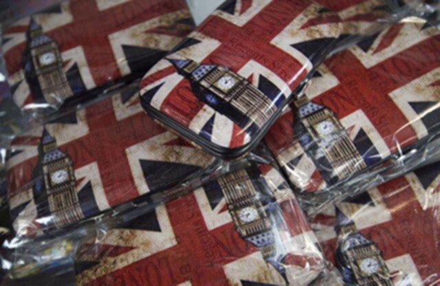 Розничные продажи в Англии увеличились всередине осени