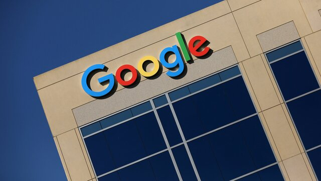 Google хочет понизить рейтинг материаловRT иSputnik