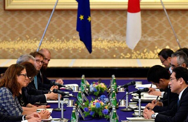 ЕСиЯпония договорились осоздании крупнейшей зоны свободной торговли вмире