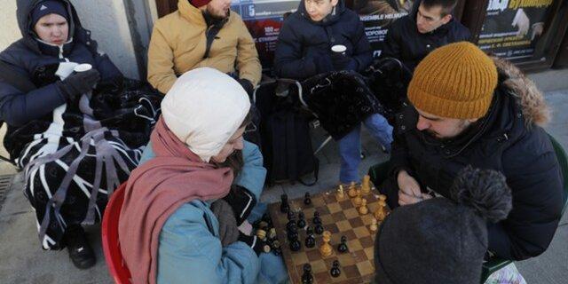 Неменее половины граждан России выступили завнесение изменений вКонституциюРФ