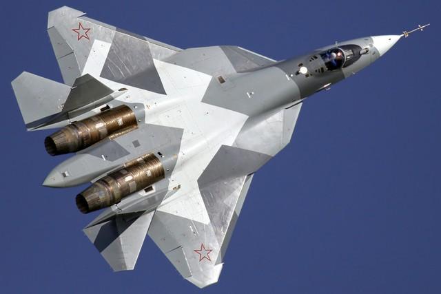 Серийный выпуск Су-57 наладят в Хабаровске в 2018 г.