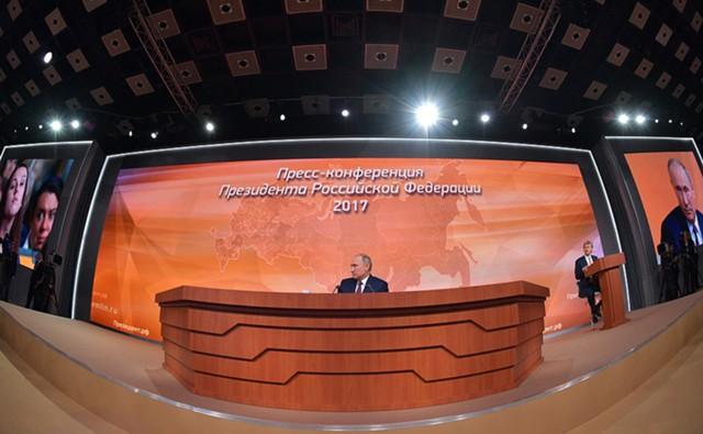"Путин: Силуанов ""зажимает"" деньги, а Орешкин прав"