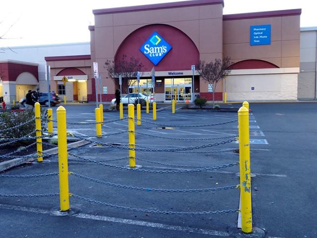 Walmart уволит 10 тысяч сотрудников сети Sam's Club
