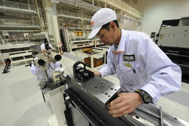 Заказы в машиностроении Японии неожиданно выросли