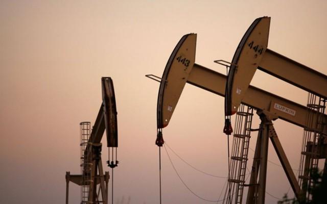 Прогноз: нефть ждет сигнал к развороту из США