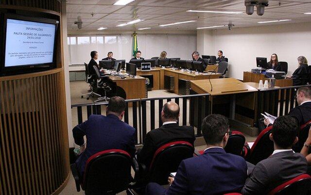 Бразильский суд подтвердил вердикт экс-президенту страны Луле даСилве
