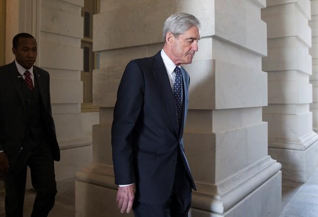 """США обвинили 13 россиян """"во вмешательстве в выборы"""""""