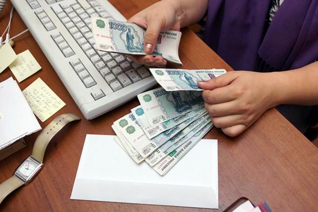 Росстат: в России растут долги по зарплате