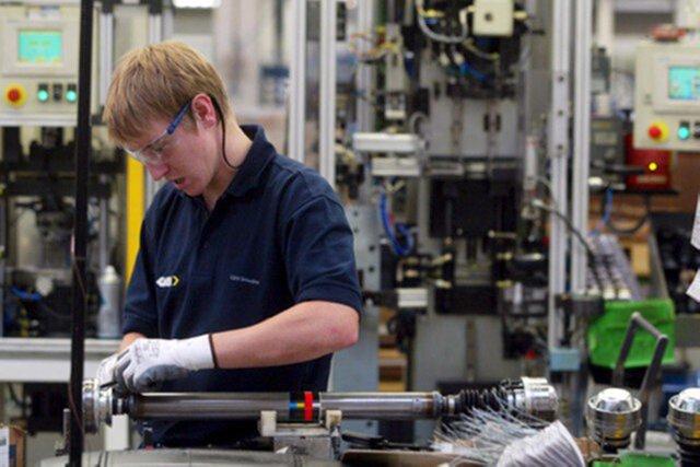 Рост активности впроизводственном секторе Российской Федерации замедлился кконцу зимы