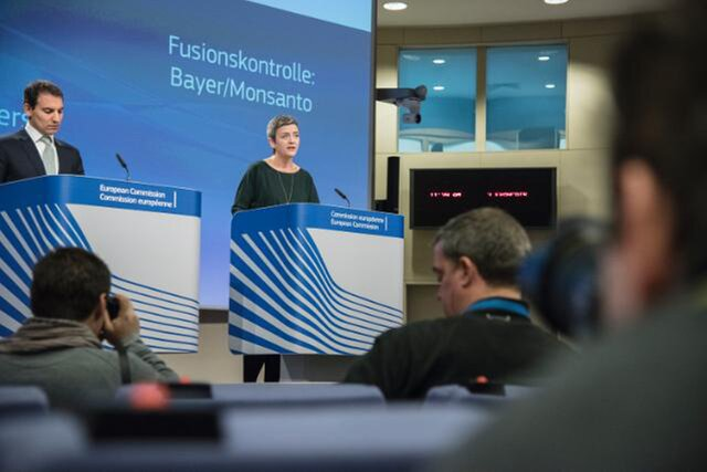 ЕС одобрил объединение Bayer и Monsanto