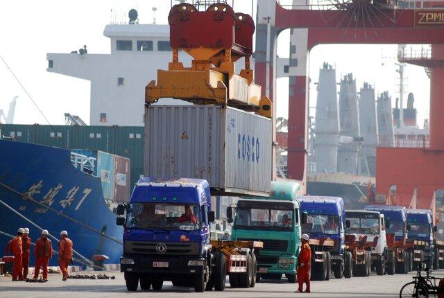 ВМинкоммерции Китайская республика раскритиковали идею США поднять пошлины натовары изКНР
