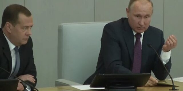 Исполненье нового майского указа требует корректив бюджета, объявил Медведев