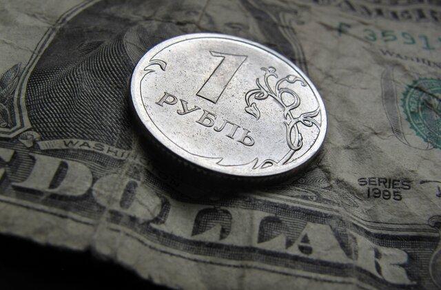 Министр финансов собрался в 5 раз увеличить покупку валюты