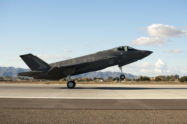 США вчетверг передадут Турции два истребителя F-35
