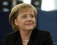 Меркель вступилась за ЕЦБ